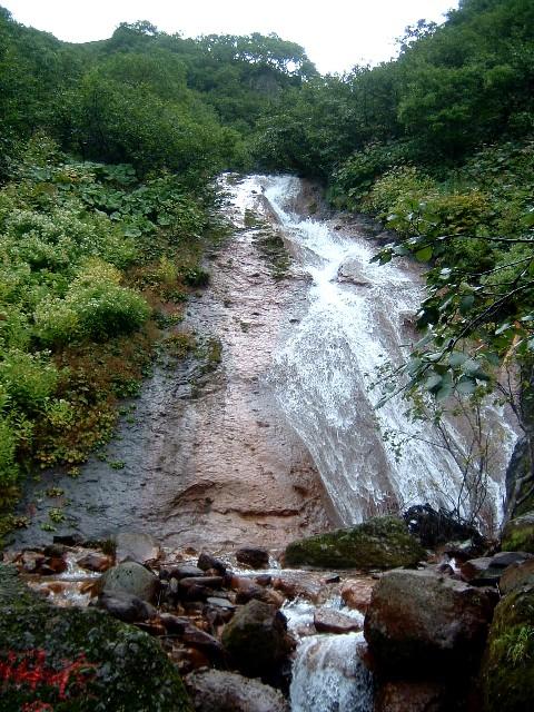 080829斜里岳羽衣の滝042a.jpg