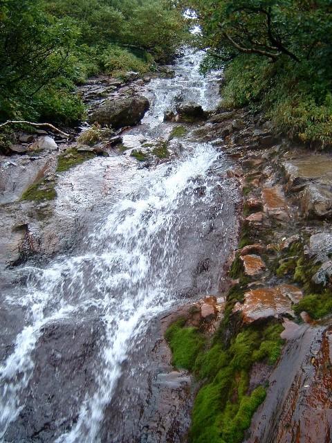 080829斜里岳霊華の滝 043a.jpg