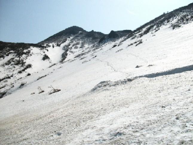 100502~05東北岩木山残雪 105.ajpg.jpg