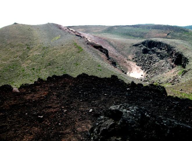 100809岩手山火口 066.ajpg.jpg