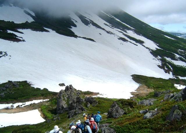トムラウシ雪渓070701 019a.jpg